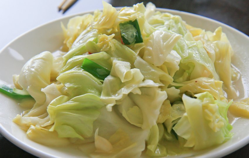 Nutritional Cabbage Superfood, cabbage nutrition, cabbage nutrients, sauerkraut nutrition, cabbage bok choy sauerkraut nutritional value, Healthy Aging Healthy Living Article..